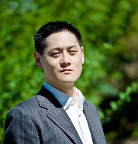 Colin Chung, financial copywriter and marketing consultant.